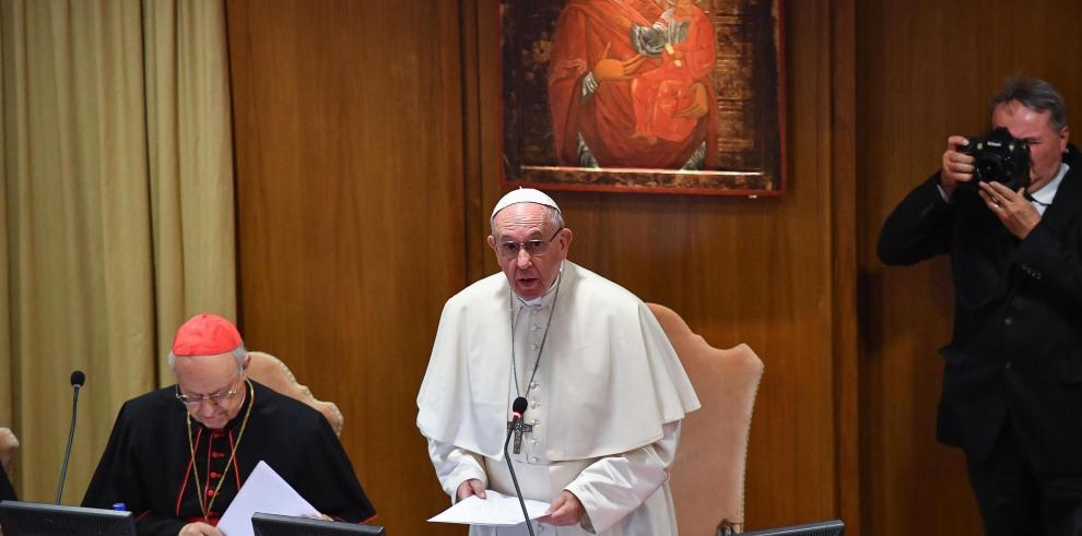 El papa ordena investigar los archivos de la Santa Sede sobre caso McCarrick