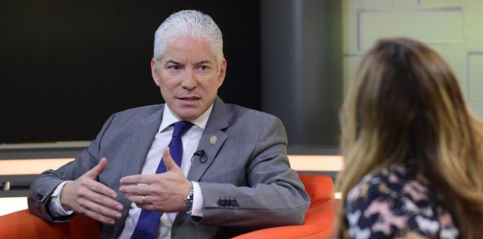 'Preocupa que se firme el TLC con China antes de que termine este Gobierno'