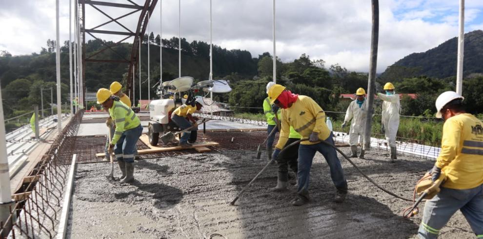 Elnuevo puente Panamonte en Boquete por $3,6 millones avanza un 93%