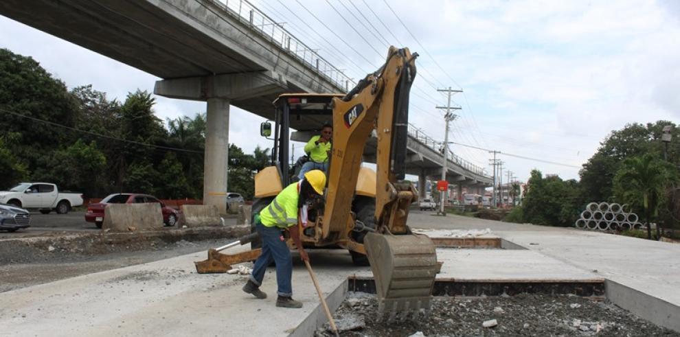 Trabajos de ampliación en la carretera Transístmica avanzan en un 39%