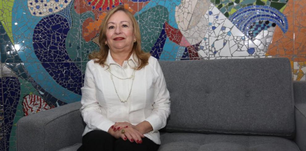 Nelly Cedeño de Paredes: 'Con alegría y pasión se puede lograr cualquier cosa'
