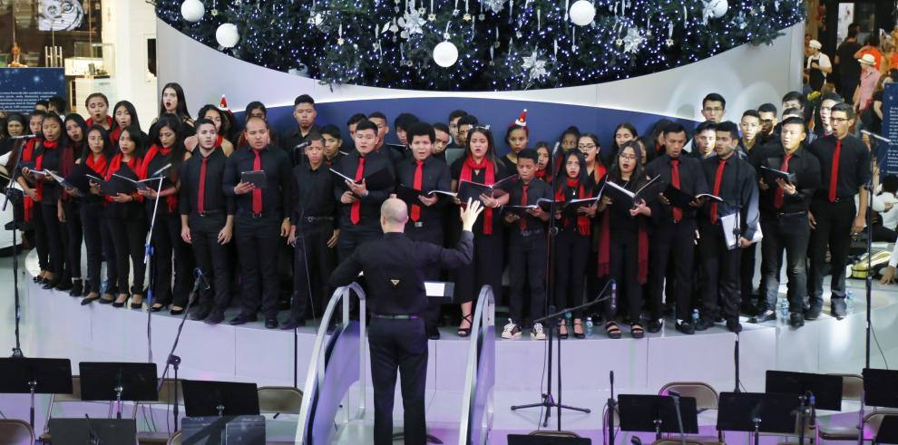 Concierto de la Red Nacional de Coros de Orquestas deleitaron a grandes y pequeños