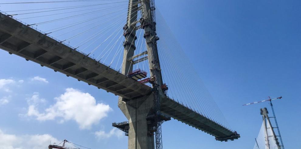 Tercer puente sobre el Canal lleva un 80% de avance