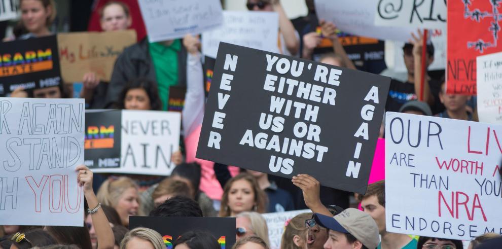 Profesores de universidad de Florida podrán llevar armas en el campus