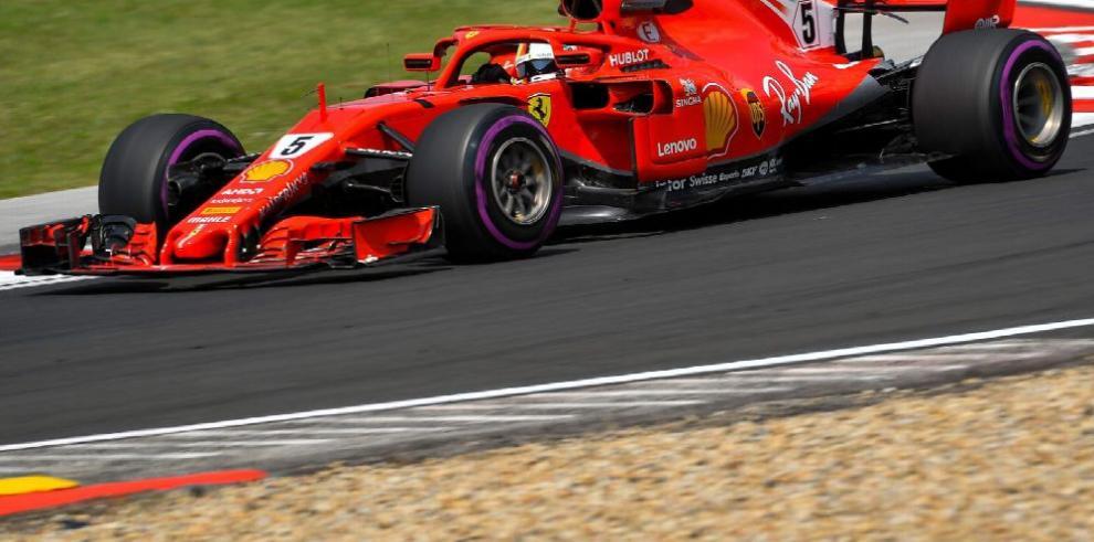 Sebatian Vettel lidera en Hungría