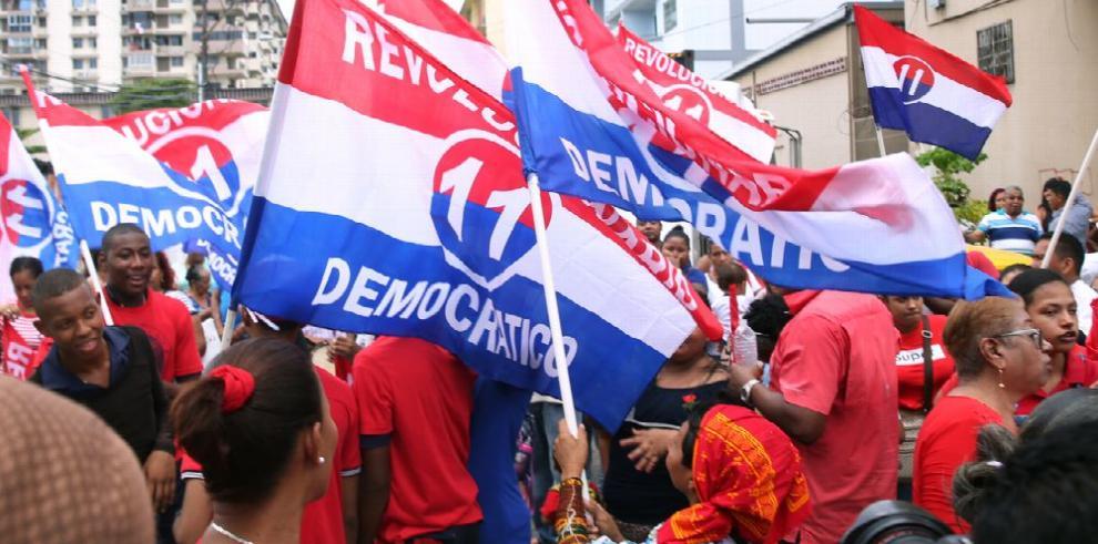Dieciocho diputados del PRD buscan la reelección