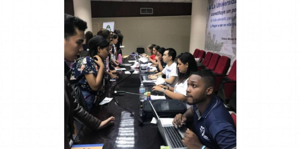 Cuatro mil estudiantes de la UP realizan su servicio social en la JMJ