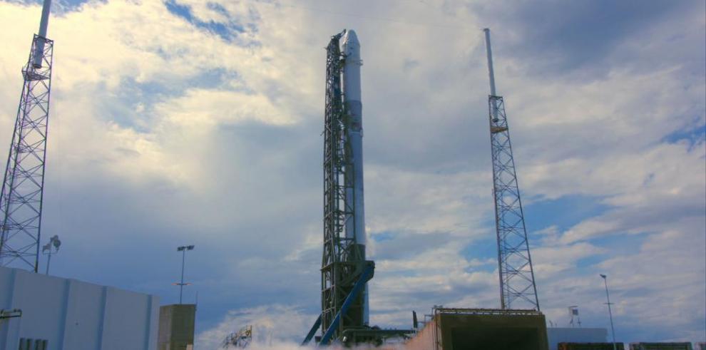Costa Rica celebra el lanzamiento del primer satélite centroamericano