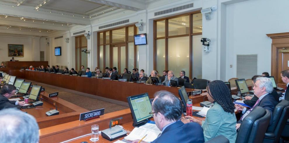 La OEA vota hoy si pide a Venezuela cambiar las elecciones de abril