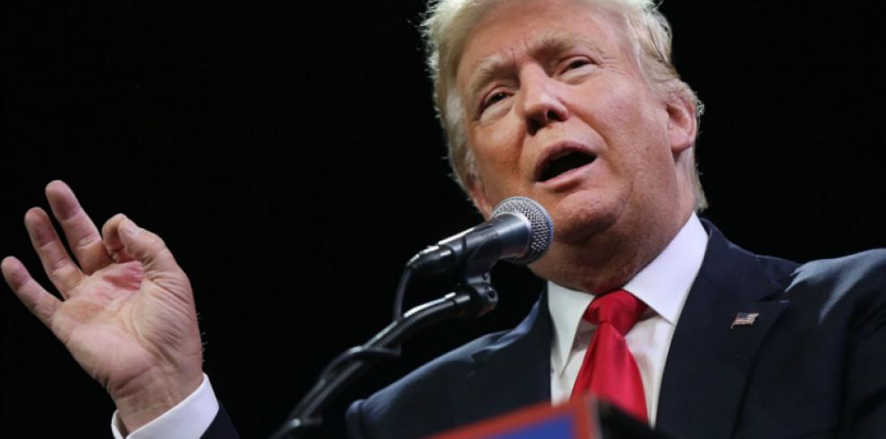 Trump elude la decisión de si su yerno puede mantener acceso a datos secretos