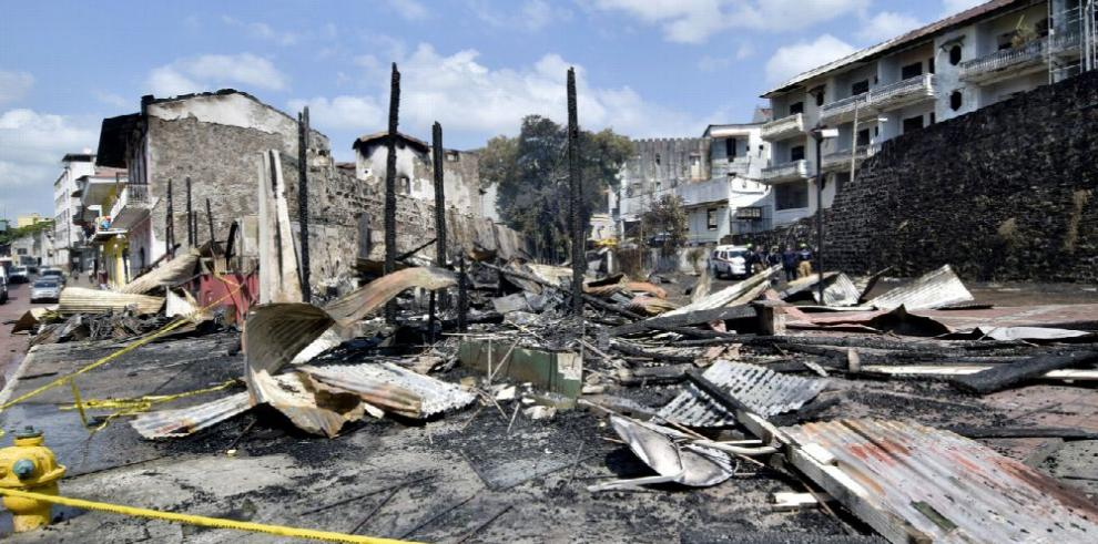 Damnificados del incendio de La Boyacá inician sus vidas desde cero