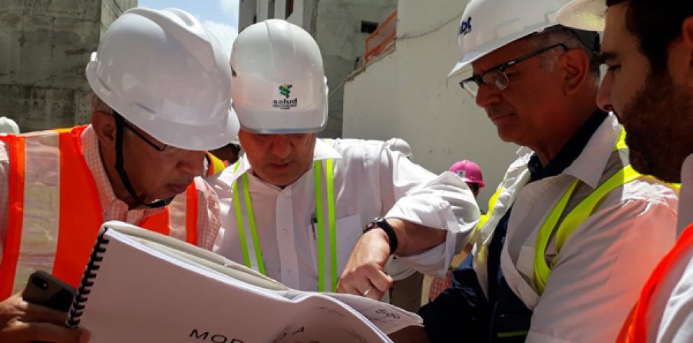 Nuevo hospital Manuel Amador Guerrero lleva 40% de avance