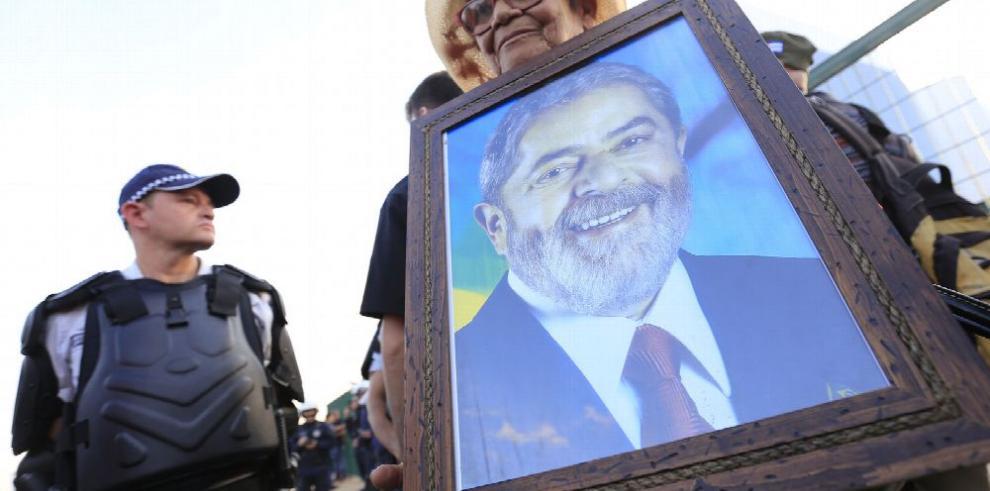 Brasil inicia su más corta y compleja campaña electoral