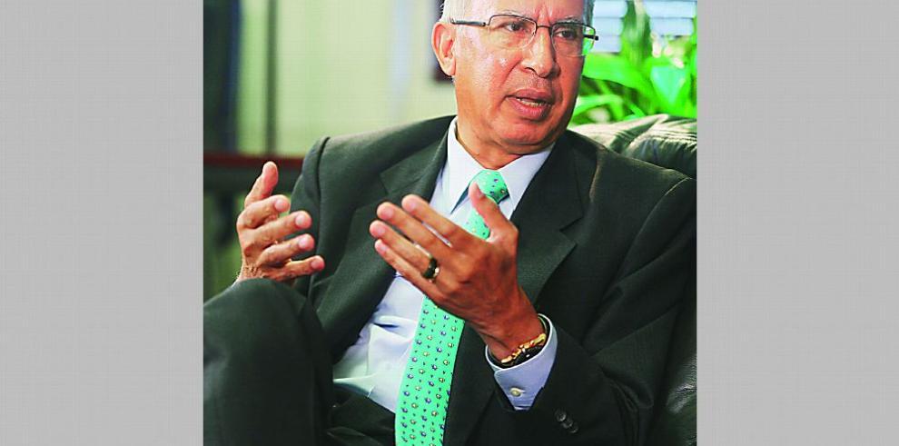 Director de la CSS, Alfredo Martiz, presenta renuncia