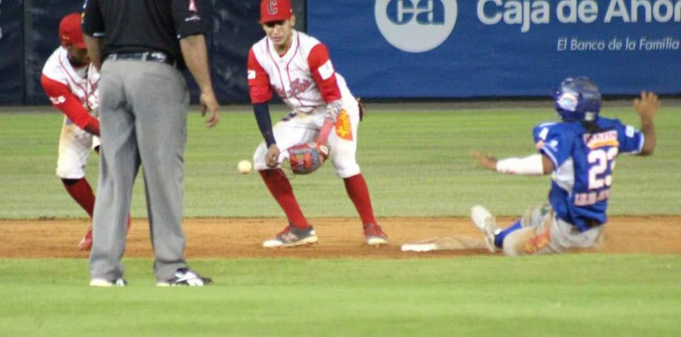 Coclé se alza con el campeonato del béisbol juvenil