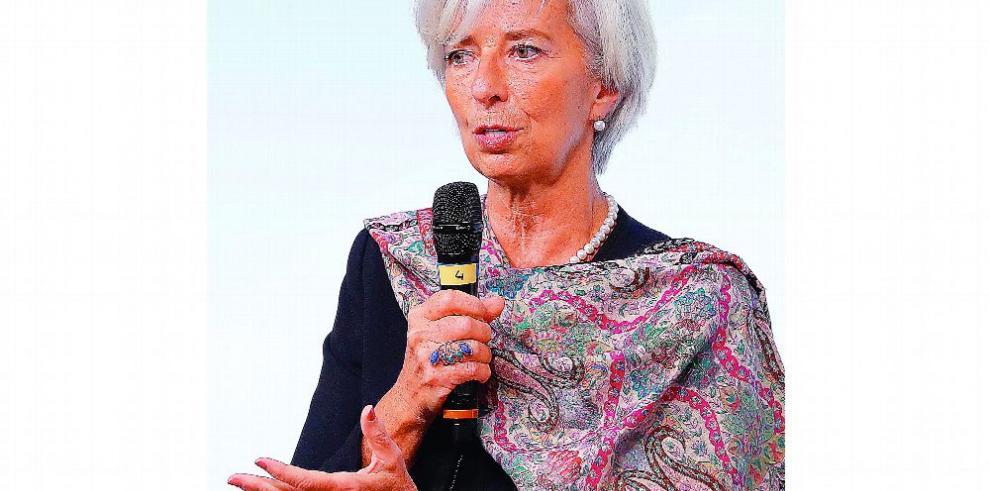 Lagarde alerta a EE.UU. de su 'vulnerabilidad' frente a una guerra comercial