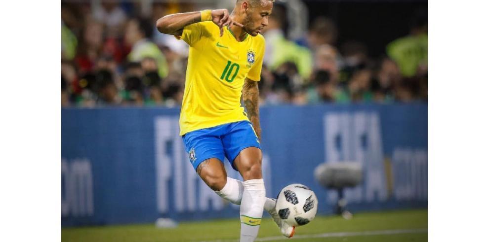 Neymar se toma con humor en un vídeo críticas a su comportamiento en Mundial