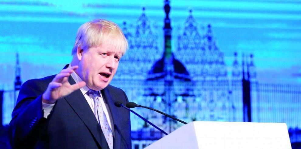 Tenemos que salvar el 'Brexit', afirma Johnson