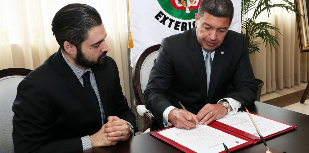 Designan a Max José López Cornejo como nuevo embajador de Panamá en Cuba