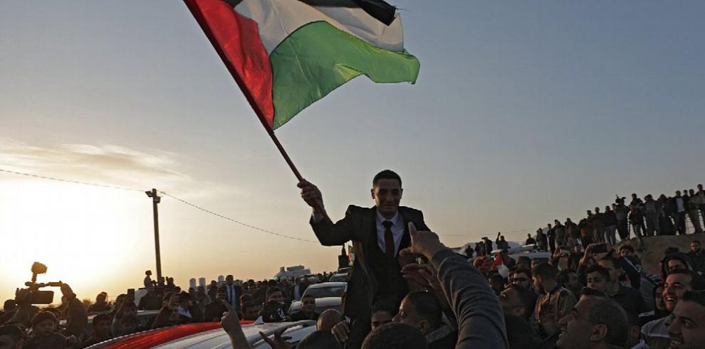 Palestinos mantienen protesta pese a represión israelí