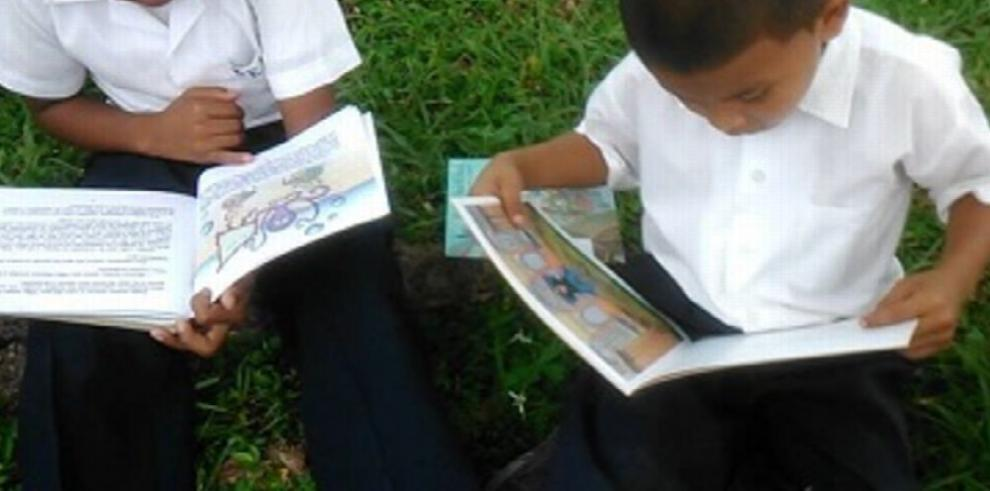 INAC lleva jornada intensiva de lectura a la comarca Ngäbe Buglé