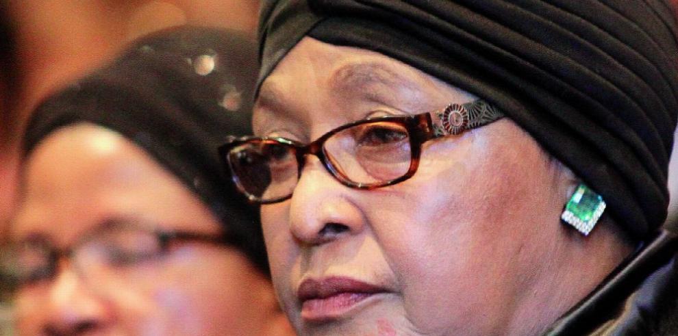 Winnie Mandela, activista y 'madre de Sudáfrica'
