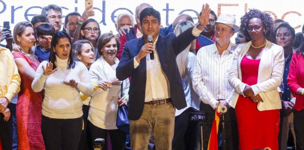Costa Rica se lanza a conformar un Gobierno de unidad