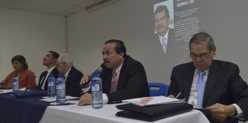 Exigen compromiso a medios en lucha anticorrupción