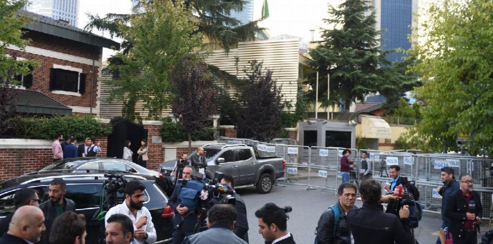 Ankara indaga el paradero de periodista saudí crítico de Riad