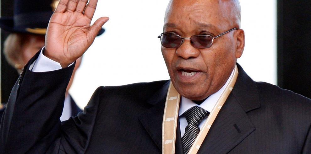 El presidente de Sudáfrica, a un paso de la dimisión exigida por su partido