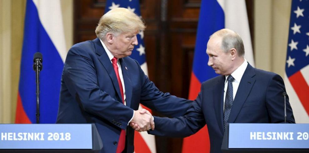 Rusia considera 'muy necesaria' una reunión entre Putin y Trump