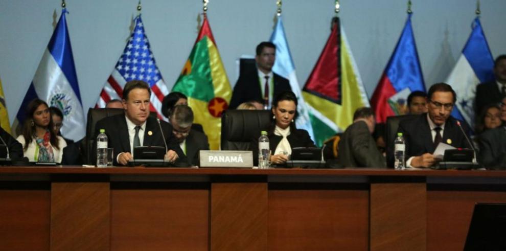 'Llegó la hora de exigir transparencia y honestidad', Ulloa