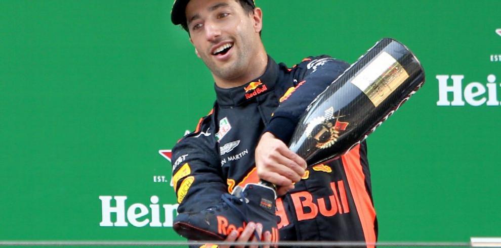 Riccardo se impone en el Gran Premio de F-1 en China