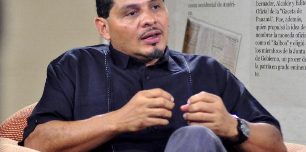 Saúl Méndez se lanza al ruedo para las primarias del FAD
