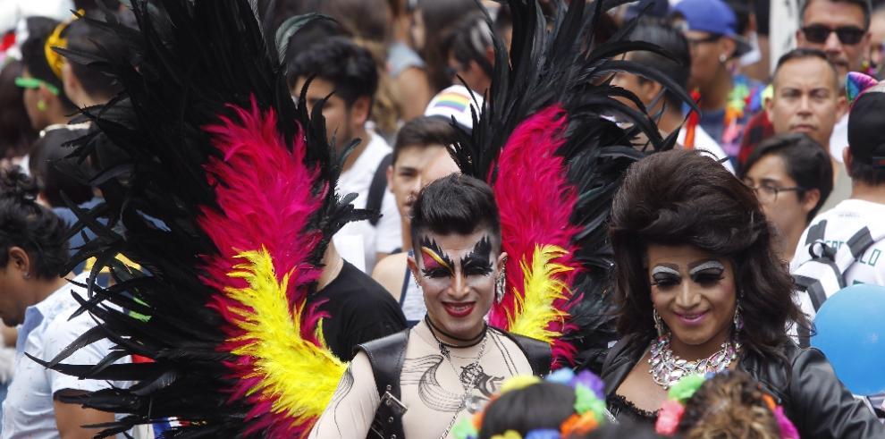 Marcha LGBT exige continuidad en políticas públicas a próximo presidente