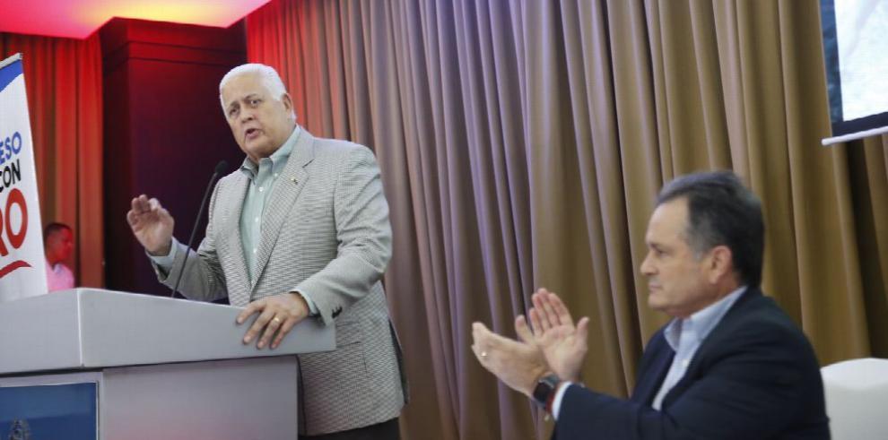 Pérez Balladares avala la no reelección