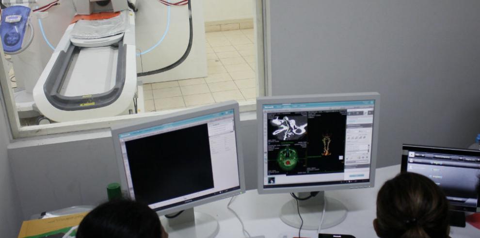 Tomógrafo computarizado de avanzada tecnología china y mundial en Perú