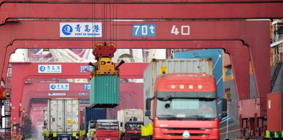 Guerra comercial avanza, China anuncia más aranceles en respuesta a EE.UU.