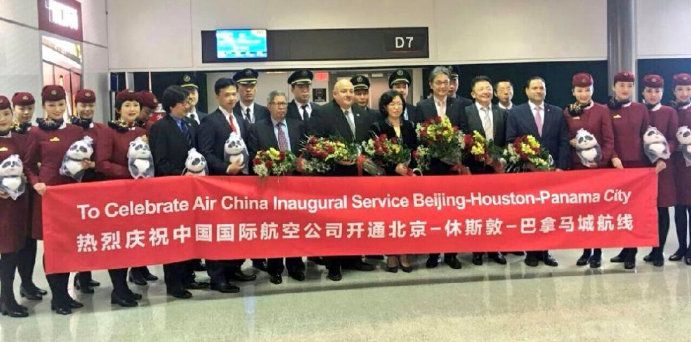 Vuelos de Air China prevén duplicar la llegada de turistas chinos a Panamá