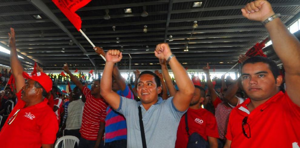 Puja y repuja por salarios en convención colectiva