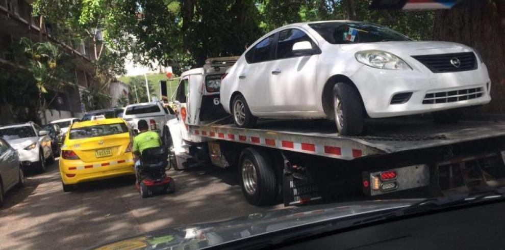 ATTT 'lamentó' la remoción de los vehículos cerca del Oncológico