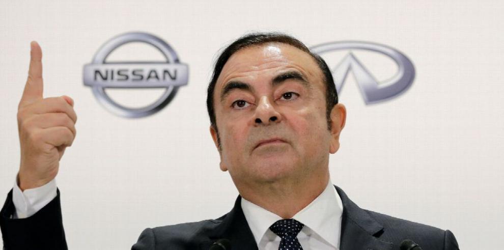 Exjefe de Nissan acusado de fraude fiscal