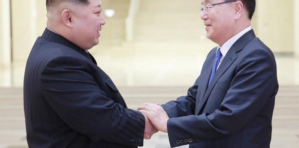 Líderes de ambas Coreas pactan encuentro en abril