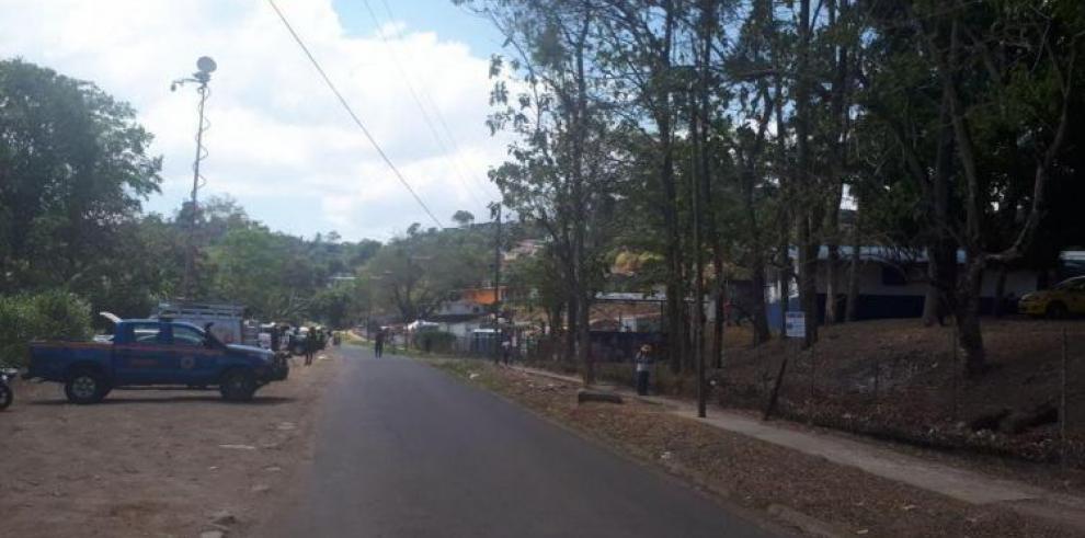 Alud de tierra en Santa Librada dejó un muerto y un herido