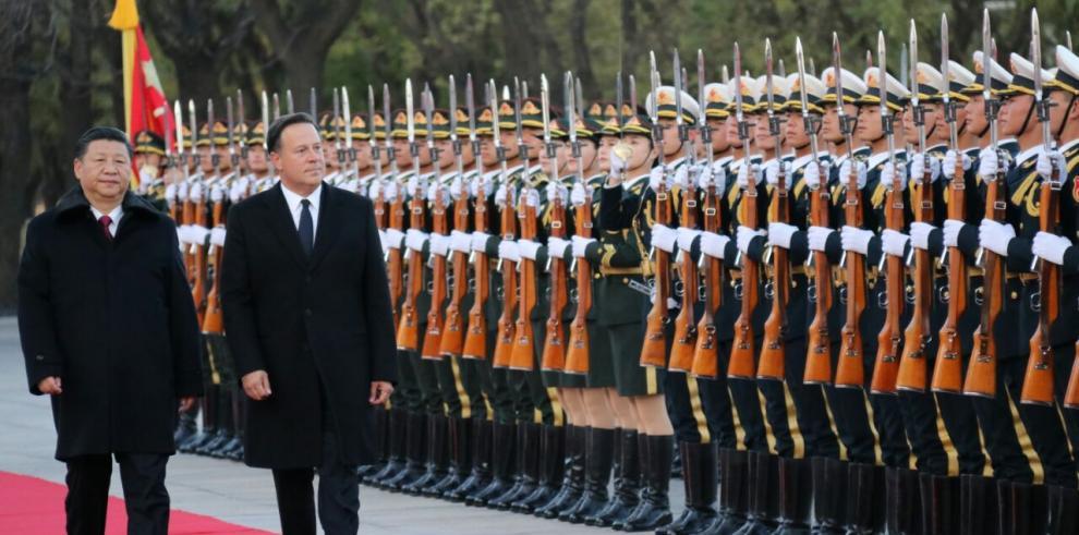 Varela viaja a Chinapara participar en la feria comercial de Shangai