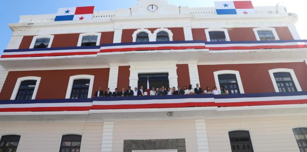 Varela entrega restaurado el edificio de la Gobernación de Colón
