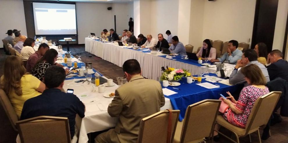 Especialistas en producción láctea se reúnen en Panamá