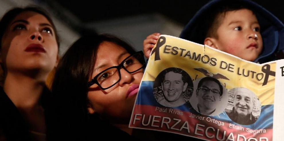 Ecuador: Cruz Roja trabaja en recuperar cuerpos de periodistas