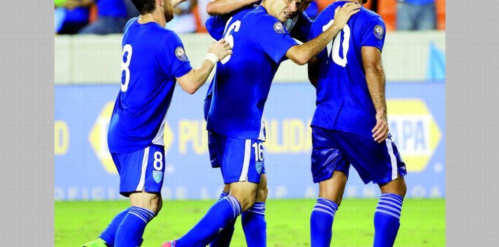 Guatemala busca regresar al fútbol tras cambiar reglas