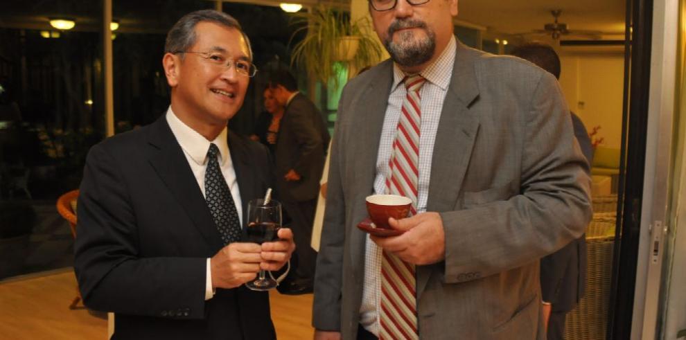 Despedida del embajador de Japón